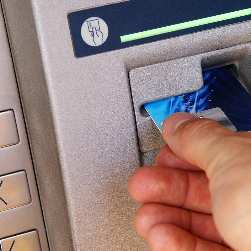 ماكينة صراف بنك دبي الوطني / ماكينة إيداع